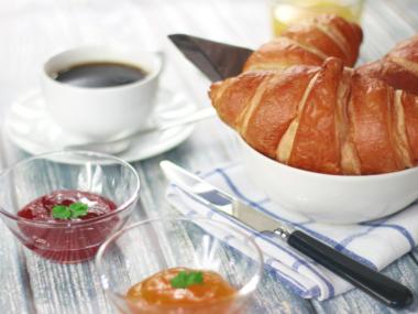 selbstgemachte Marmelade zum Frühstück